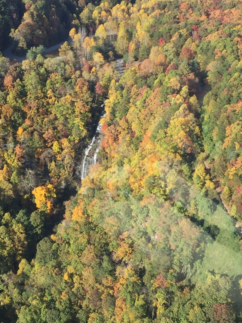 helicopter tours fall foliage aerial view