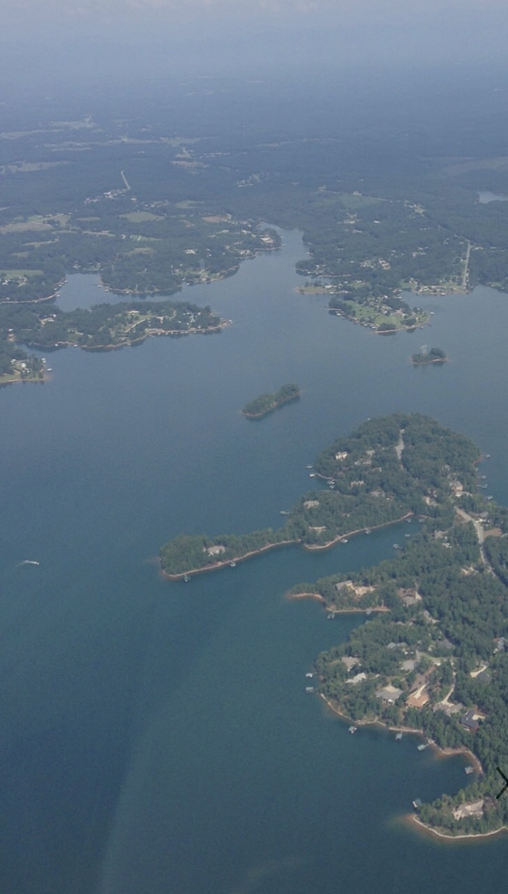 lake hartwell from helicopter